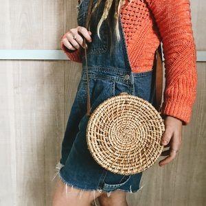 Woven round basket purse